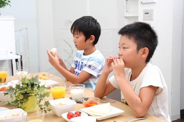 子供は食品添加物なしの食事を与えたい