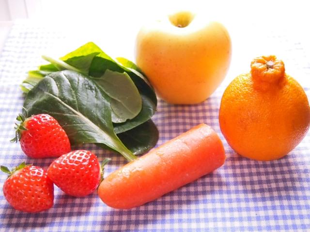 生の野菜やフルーツ