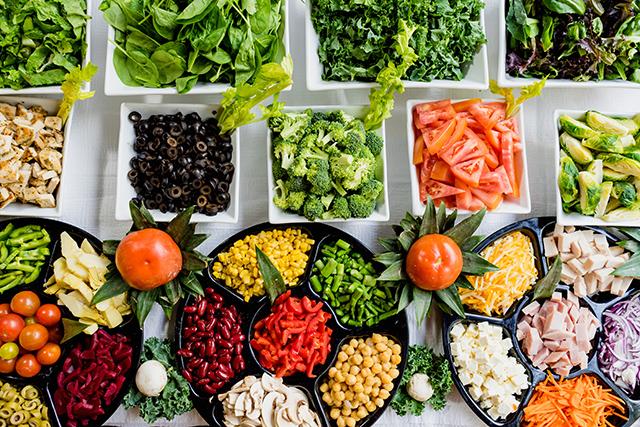 産直野菜をはじめ、体に優しい食材の取り扱いが豊富