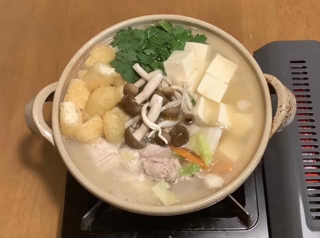 健康鶏の白湯鍋